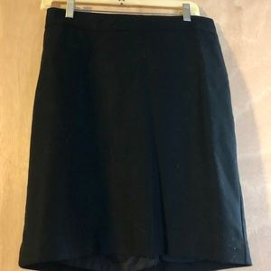 Classic pencil skirt. Excellent condition.